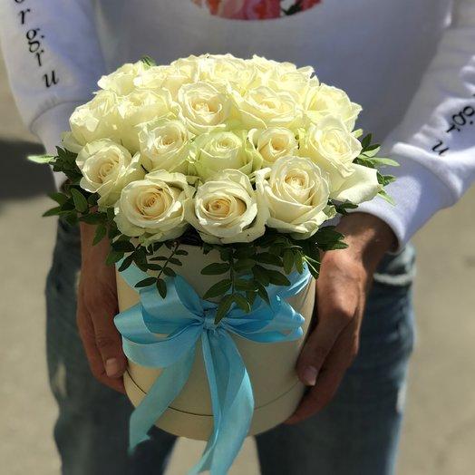 Коробки с цветами.  Белые Розы. N55