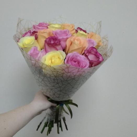 Роза Эквадор 40см микс: букеты цветов на заказ Flowwow