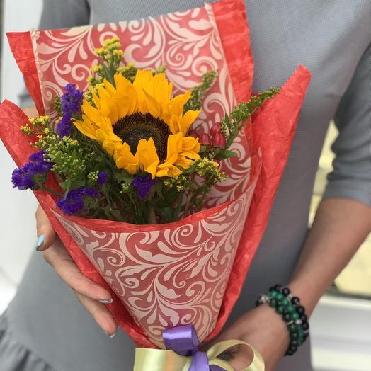 Школьный букет в яркой упаковке: букеты цветов на заказ Flowwow