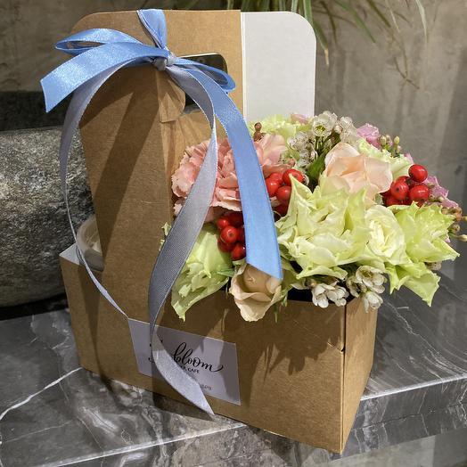 Набор с тирамису: букеты цветов на заказ Flowwow