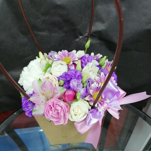 Сумочка прелести: букеты цветов на заказ Flowwow
