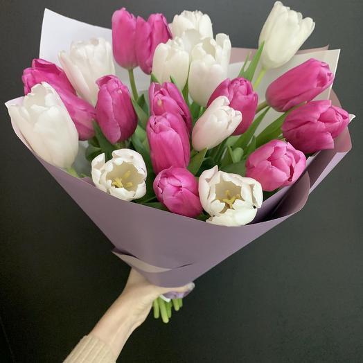 Букет из 21 тюльпана микс