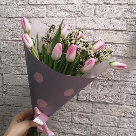 Нежные тюльпанчики для принцессы: букеты цветов на заказ Flowwow