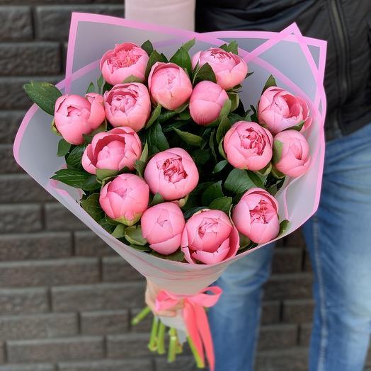 15 пионов лососевого цвета: букеты цветов на заказ Flowwow