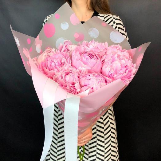 Букет из 9 пионов Сара Бернар: букеты цветов на заказ Flowwow