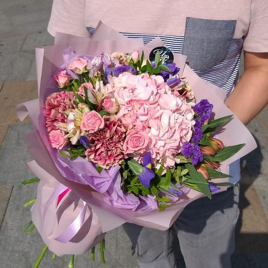 Pink hydrangea: букеты цветов на заказ Flowwow