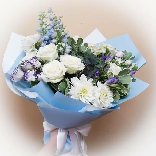 Букет с дельфиниумом: букеты цветов на заказ Flowwow