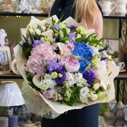 Букет цветов Мадам Помпадур