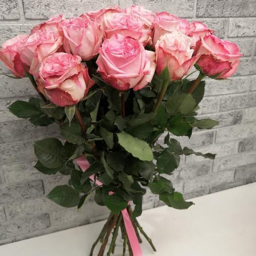 Букет из 19 ароматных роз