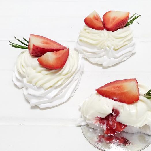 Десерт Павлова Сердце