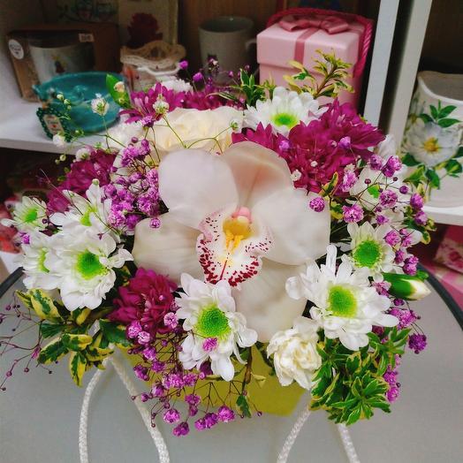 Цветы в сумочке М