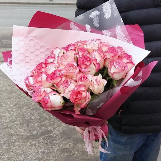Розы одноголовые 29