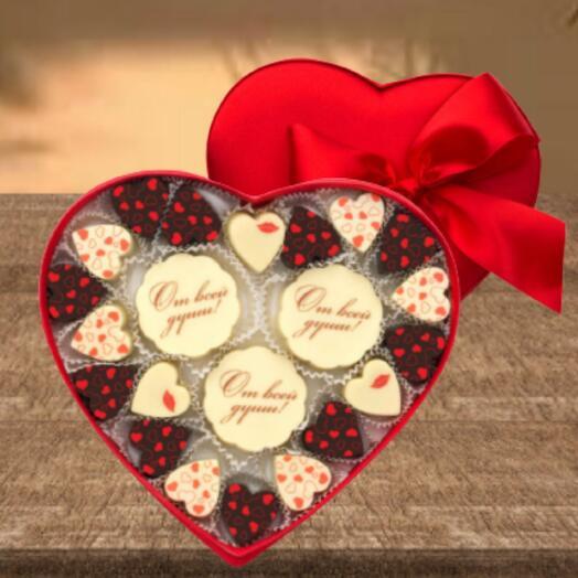 Сердце из конфет ручной работы