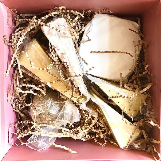 Подарочный набор элитных сыров номер 14