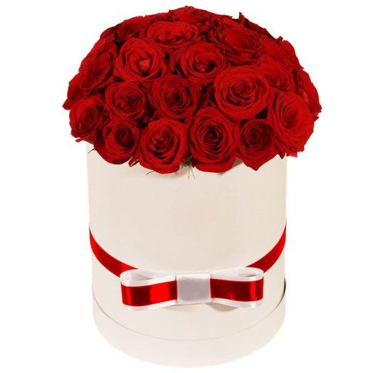 Шляпная коробка Леди: букеты цветов на заказ Flowwow