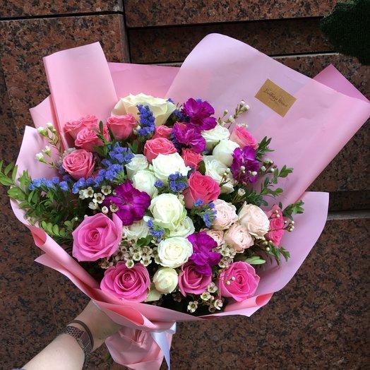 Кто любит розы: букеты цветов на заказ Flowwow