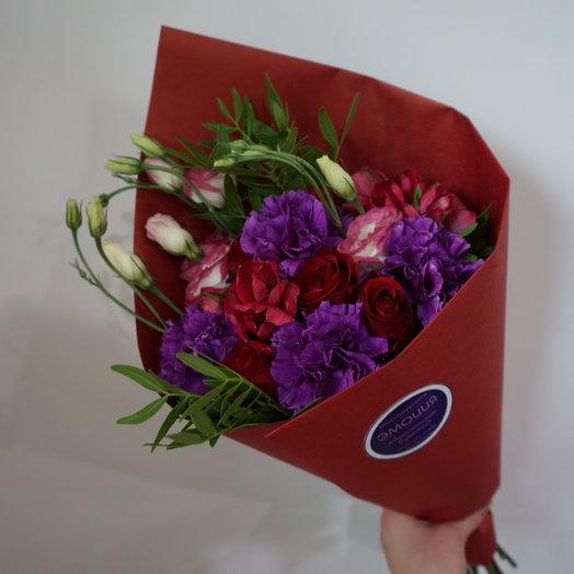 Букет в красных тонах : букеты цветов на заказ Flowwow