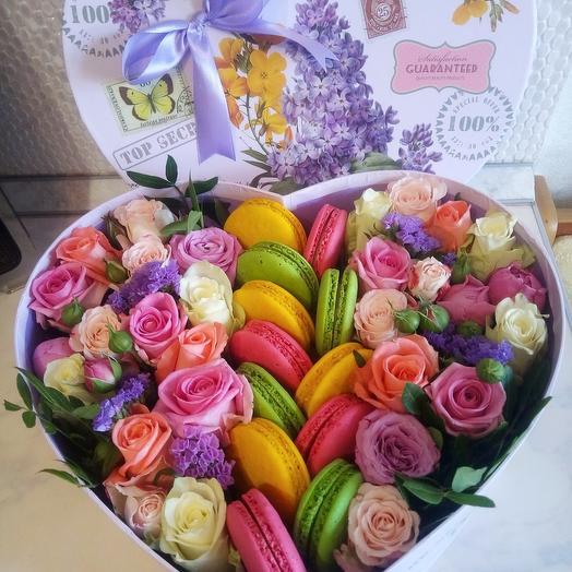Цветы микс в коробочке сердце
