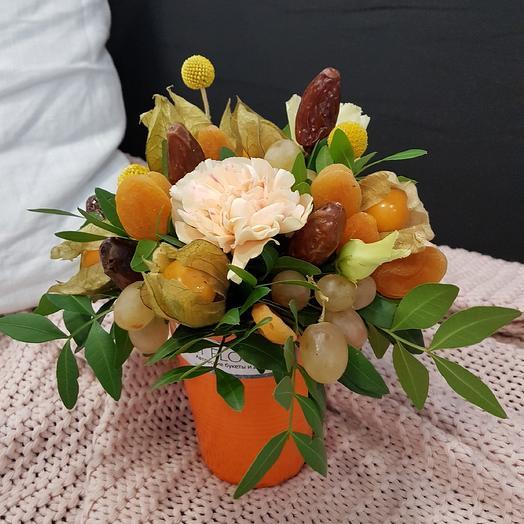 Яркий стаканчик к чаю: букеты цветов на заказ Flowwow