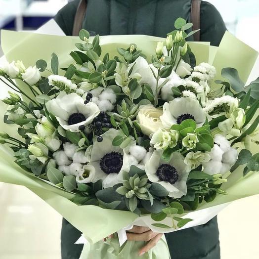 Воздушный букет с анемонами: букеты цветов на заказ Flowwow