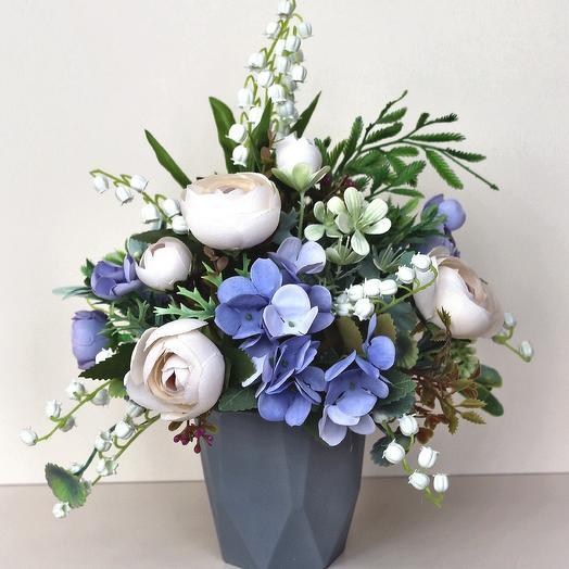 Композиция из искусственных цветов 400668: букеты цветов на заказ Flowwow