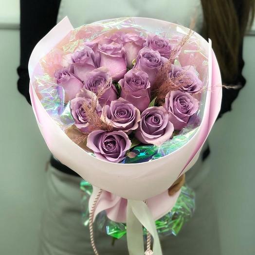 15 кенийских роз в красивой упаковке: букеты цветов на заказ Flowwow