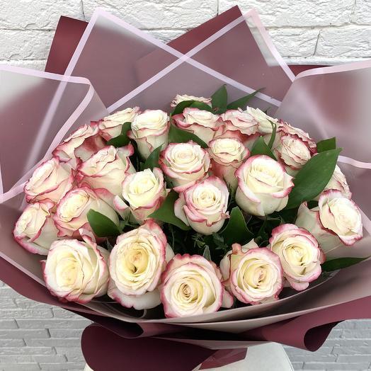 Благородная роскошь: букеты цветов на заказ Flowwow