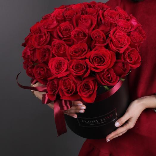 51 роза премиуим в шляпной коробке