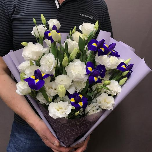 Irises with luxurious eustoma