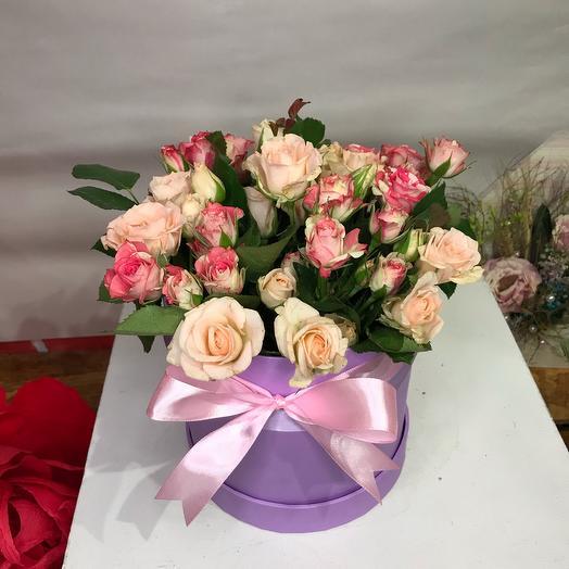 Шляпная коробка с кустовой розой