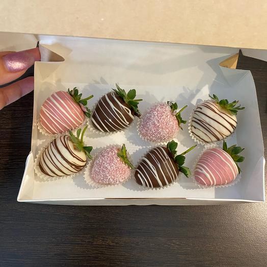 Набор клубники в шоколаде