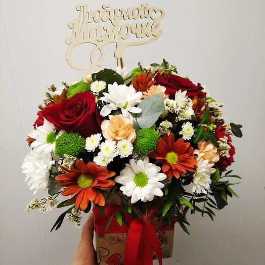 """Цветы в коробке,, любимой мамочке"""""""
