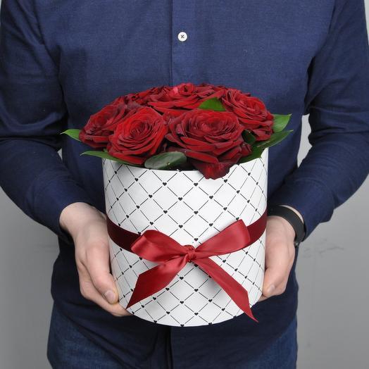 Роза в белом