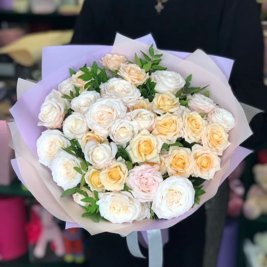 Букет супер кустовых роз