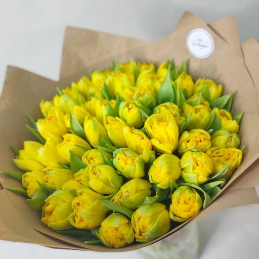 Милые пионовидные тюльпаны