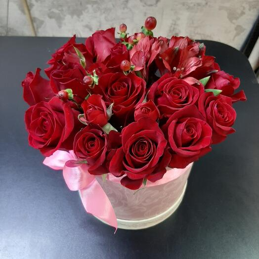 Цветы в коробке Для любимых