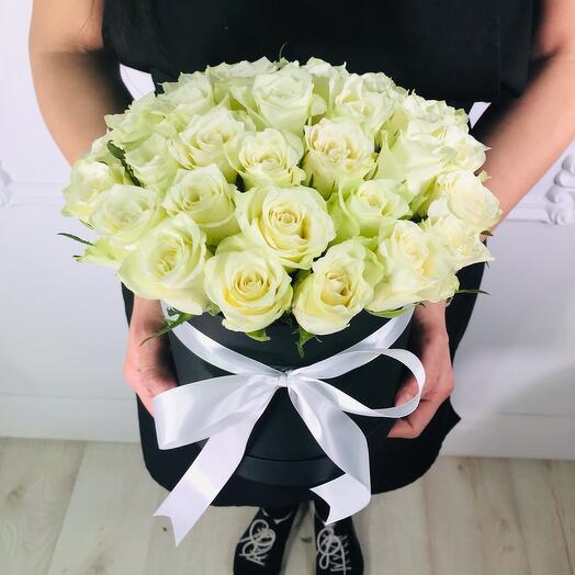 Цветы в коробке(коробка конфет в подарок, условие в описании)