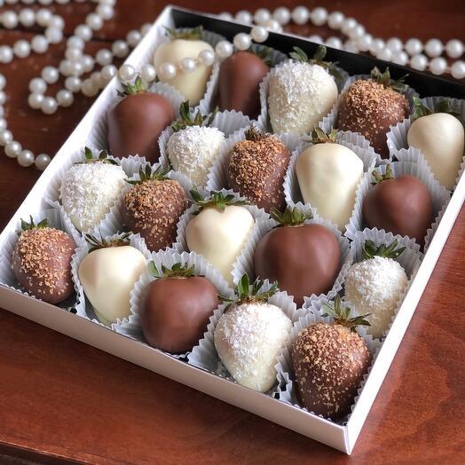 Клубника в шоколаде Enjoy (20-25 ягод)