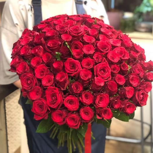 Букет из 100 красных роз 70 см: букеты цветов на заказ Flowwow
