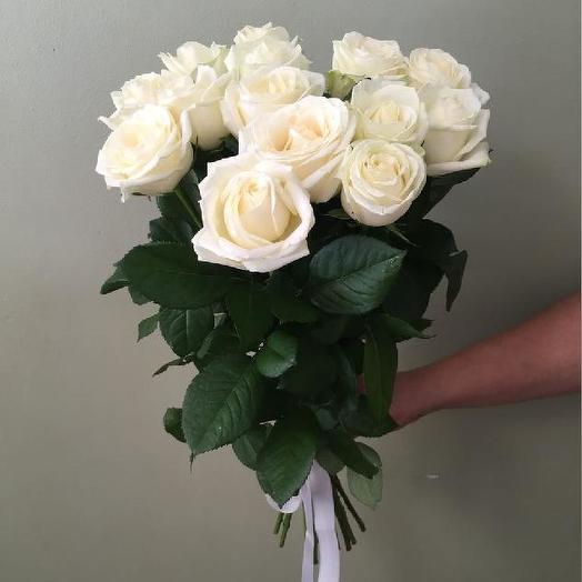 Букет из 15 белых роз 60 см: букеты цветов на заказ Flowwow